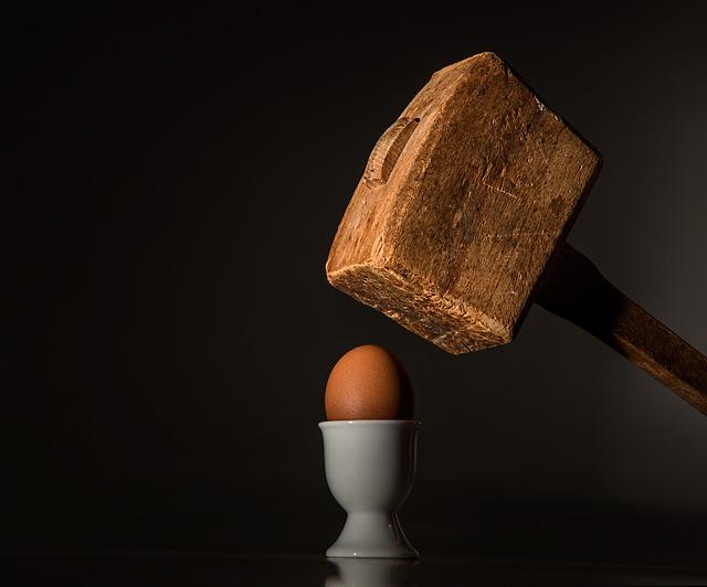 Offended hammer