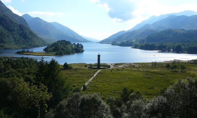 Getting Through Droughtlander: 5 Streaming Historical Fiction Alternatives to Tide You Over Until Outlander Season 6